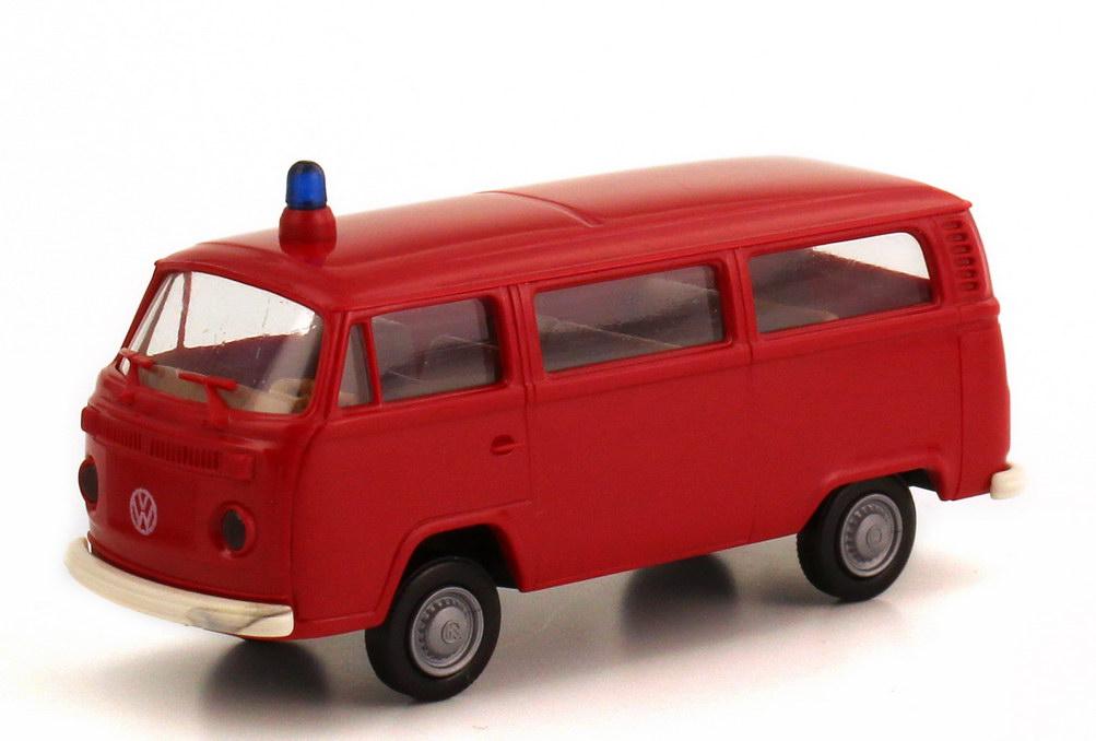 Foto 1:87 VW T2 (T2b) Bus Feuerwehr rot Brekina