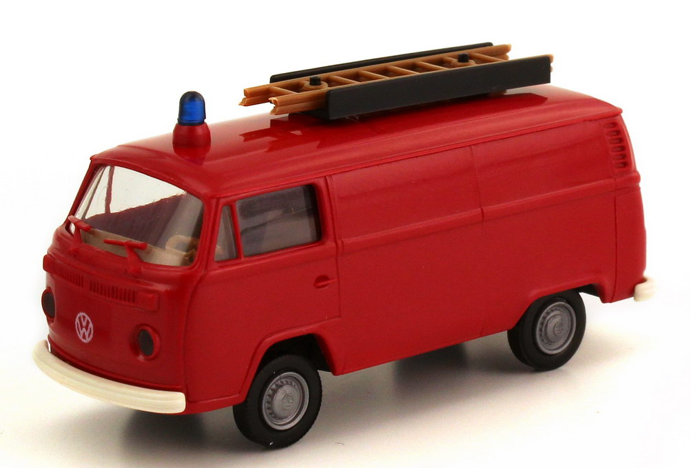 Foto 1:87 VW T2 (T2b) Kasten Feuerwehr rot mit Leiter Brekina