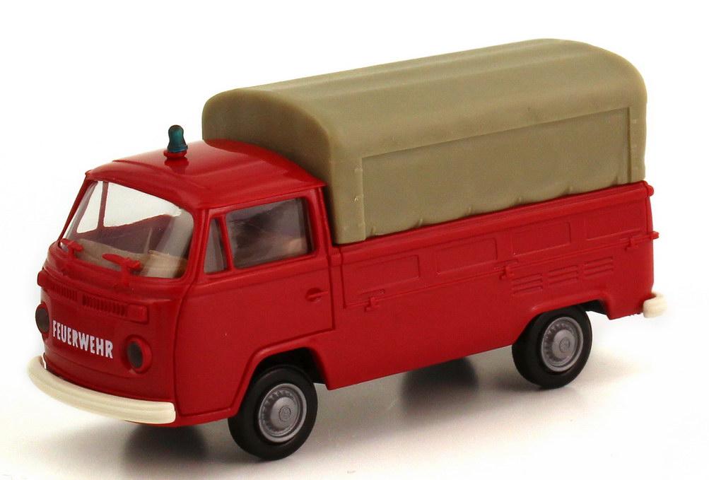 Foto 1:87 VW T2 (T2b) Pritsche/Plane Feuerwehr rot Brekina 33910