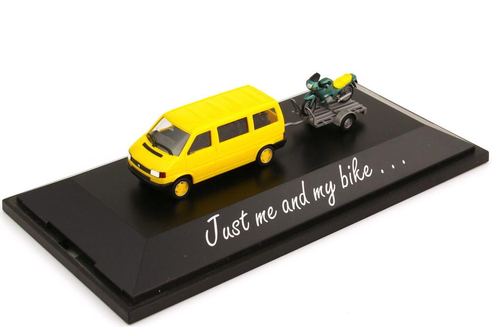 Foto 1:87 VW T4 Bus gelb mit Anhänger und BMW R 1100 RS Just me and my bike herpa 181846