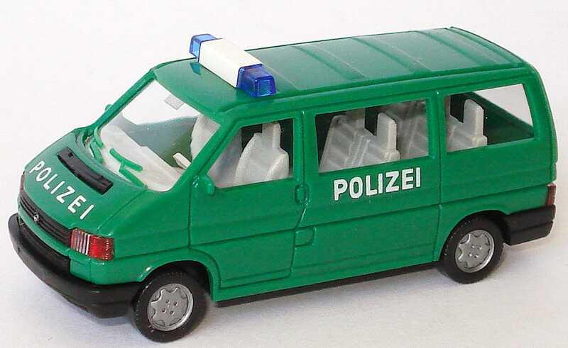 Foto 1:87 VW T4 Caravelle Polizei grün Wiking 109