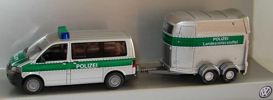 Foto 1:87 VW T5 Multivan mit Pferdeanhänger Polizei Landesreiterstaffel Werbemodell Wiking 7H0099301CA7W