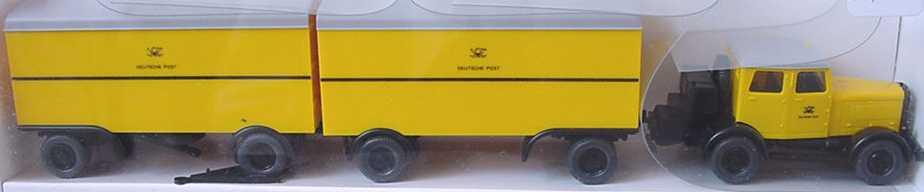Foto 1:87 Zugmaschine mit 2 2a Ko-Anhängern Deutsche Post Wiking 8540132