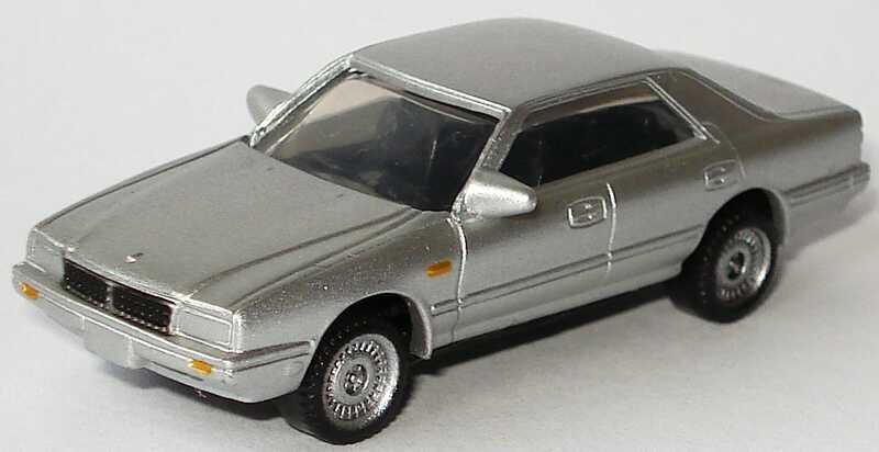 Foto 1:95 Nissan Cima Type II Limited (1987) silber-met. Furuta N-23